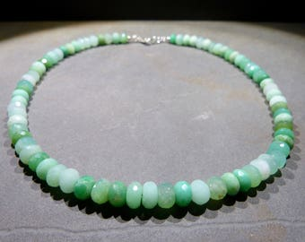 Chrysoprase Necklace, 19'' inches, green gradiant, top quality, elegant, faceted, rodelles, birthday, gift, silver clasp