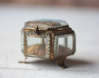 Antique French Jewelry Box, or Ring Box, in Ormolu and Beveled Glass, Cirque de Troyes