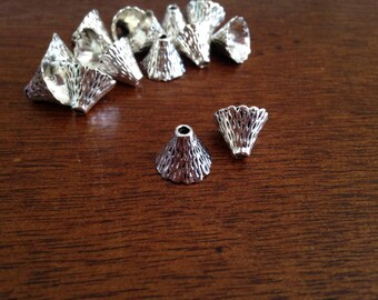 6 cups conical, hat straw, ridged shape, silver color