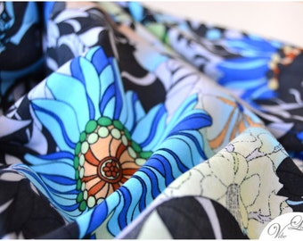 XXL TRIANGLE SCARF with blue flowers floral pattern blueshades green brown must have extra large shawl spring summer fall trend