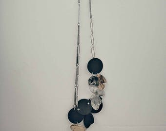 Long necklace made of leather, pewter and resin - Sonora Bronze - Handmade in Canada