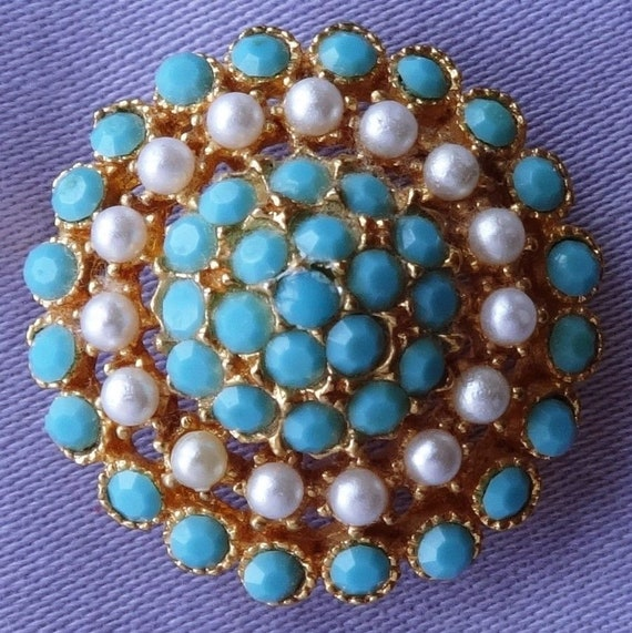 Pretty Vintage Turquoise & Seed Pearl Domed Pierced Metal Brooch
