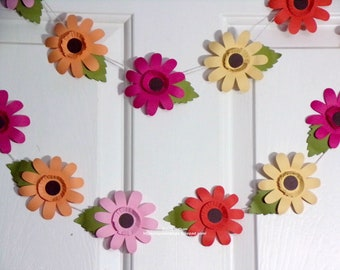 Gerber Daisy Garland...5 Lovely Summer Colors...9 Feet of Gorgeous Daisies...3 piece Flowers and Leaves...Home Decor...Photo Prop...Swag!