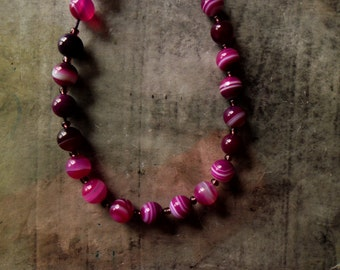 dark orchids... simple necklace,stone necklace,color block necklace,natural stone necklace,fuchsia pink agate necklace,long pink necklace