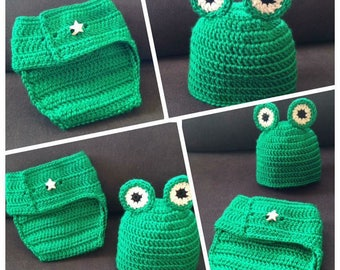 baby or toddler green frog hat and diaper cover in crochet