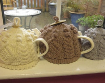 Pattern: Little and Large Aran Tea Cosy