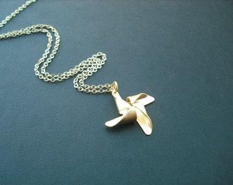 Bridesmaid Necklace, Gold plated Pinwheel necklace, Bridesmaid gift, wedding gift