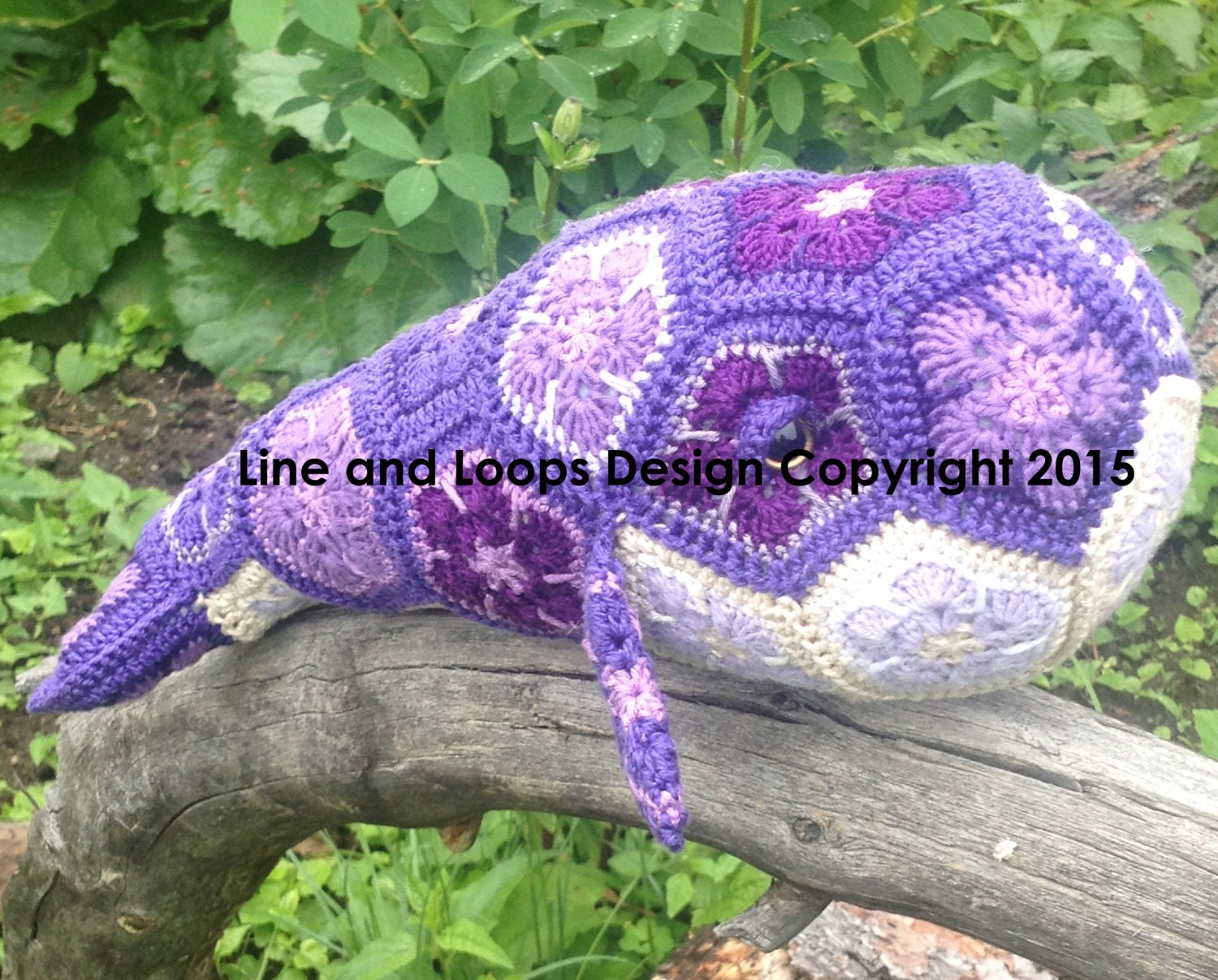 Line and Loops\' Purdy the African Flower Crochet Whale