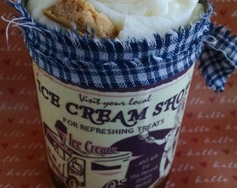 Ice Cream Candle, Primitive Tin Can, Cinnamon Spiced, Ice Cream Shop Label, Soy Wax Candle, Bakery Scent, Sweet Scent, Vintage Label