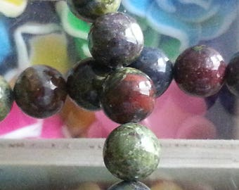 10 pearls of heliotrope 8mm diameter, hole 1 mm