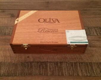 Oliva Cigar box