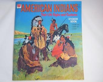 Livre autocollant indien Vintage, Vintage 1973 Whitman, Styles de vie éducatif, Native American Indians et douanes, livre de coloriage