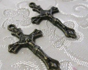 Antique Bronze Crucifix Cross Pendant Rosary Charm 106
