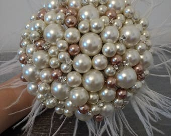 Gorgeous Wedding Bouquet. Bridesmaid bouquet. Pearl and Feather Bouquet. Ivory and Gold