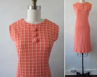 vintage dress | 1960s dress | vintage 1960s dress | vintage shift dress | orange and white day dress | vintage mod dress | The Mallory Dress