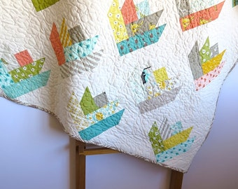 Lap quilt, baby quilt, toddler quilt, tulips in green blue orange yellow