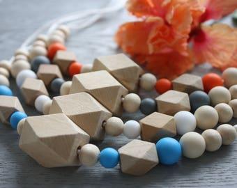 Elizabeth Necklace -Silicone & wood beaded necklace
