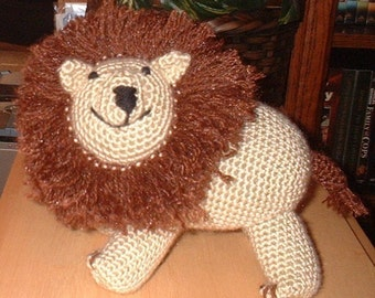 Rooarr the Lion, Crochet