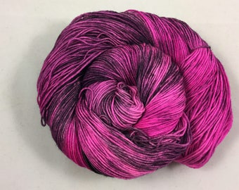hand dyed sock yarn, colorway FIONA, superwash merino wool and nylon, fingering weight yarn
