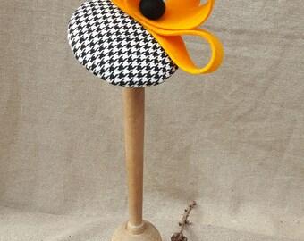 Headpiece Fascinator Hütchen Hahnentritt Pepitta Houndstooth Vintage fifties elegant schwarz weiss gelb curry senf Wolle minimalistisch