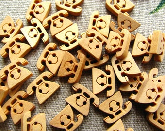 6 buttons phone wooden natural 14mm - 2 holes