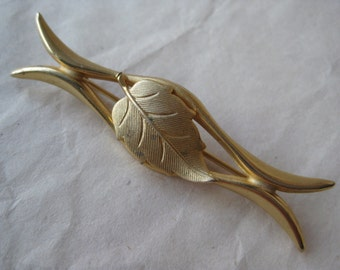Leaf Gold Brooch Pin Vintage