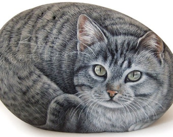 Original Cat Portrait Hand Painted on a Sea Rock | Pet Portraits on Commission Finely Detailed by the Artist Roberto Rizzo