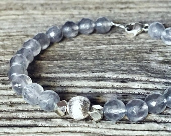 Silver and grey quartz bracelet solid natural /pierres, layering, boho, sterling silver, natural gemstones, faceted, boho chic