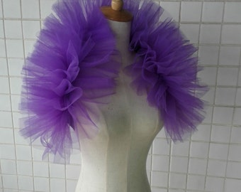 Hand-gathered tulle shoulder wrap FC16005