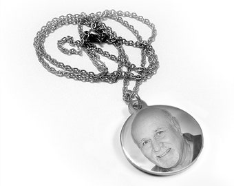 Stainless Steel Photo Engraved Circle Pendant
