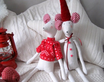 Scandinavian Christmas decor White Red Christmas mice Soft toys Nordic Christmas Primitive Christmas Stuffed mouse Scandinavian New year