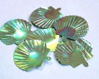 15 Metallic Rainbow Olive Green Color Sequins / Japanese Fan Shape / Code PIS 212