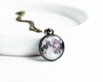 Space jewelry, full moon necklace, astronomy jewellry, moon pendant