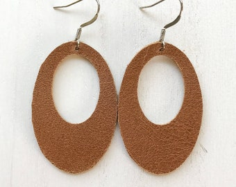 Saddle Oval Cutout Leather Earrings Size Large