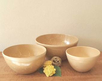 Restaurant Ware Mixing Bowl Set of 3 Bowls by Ellinger's Agatized Wood Products Made in Sheboygan WI