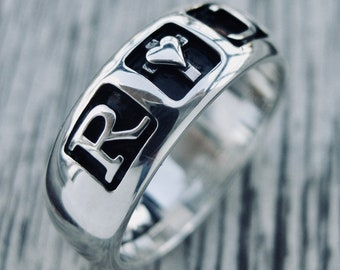 Romeo & Juliet Ring with Custom Star Wars Font Engraving Cast in Sterling Silver with Glossy Finish Size 7