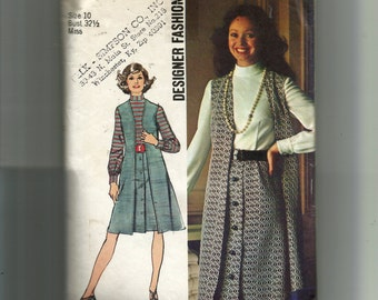 Simplicity Misses' One-Piece Dress and Vest Pattern 5183