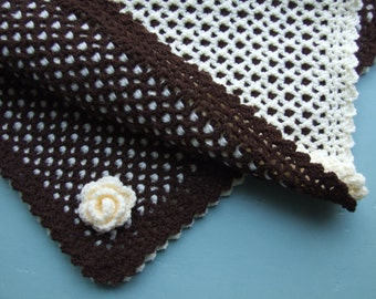 Crochet Two Colour Reversible Baby Blanket & Flower Trim - INSTANT DOWNLOAD PDF from Thomasina Cummings Designs
