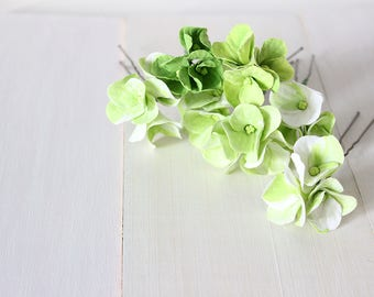Green hydrangea hair pins, flower hair pins, wedding hair pins, floral hair pins, Hydrangea hair clip, green floral pins, green clay flowers