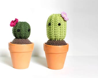 Crochet Cactus Plant/ Artificial Succulent/ Cacti Soft Toy/ Cute Desk Ornament