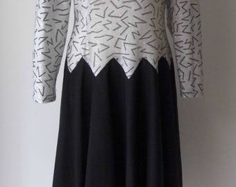 """1970s silver and black party dress , lurex 40"""" bust dropped waist"""
