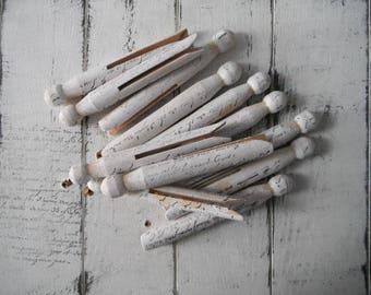 piquets de Dolly cottage shabby chic vieux piquets façonné à la main estampillé chevilles primitifs rustique blanc estampillés chevilles français script patinés chevilles 14 PC