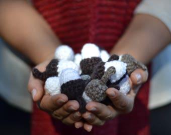 Acorn Crochet Pattern, Christmas Ornaments, Winter Decor, Ornament, Crochet pattern