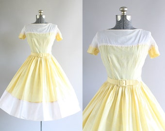 Vintage 1950s Dress / 50s Cotton Dress / Yellow and White Gingham Dress w/ Original Waist Belt S