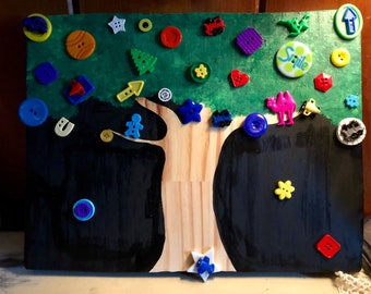 Silly Buttons Tree 11x14