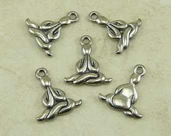 5 Abstract Entwined Yoga Lotus Position Charms > Raw American made Lead Free Pewter - I ship internationally