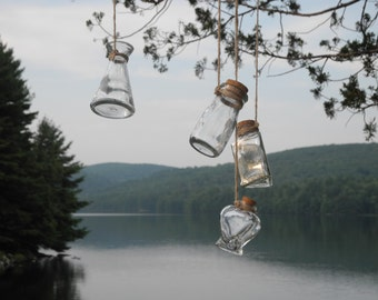 Boho hanging vases: 4 glass vases hanging from a piece of natural wood, rustic chis, woodland style