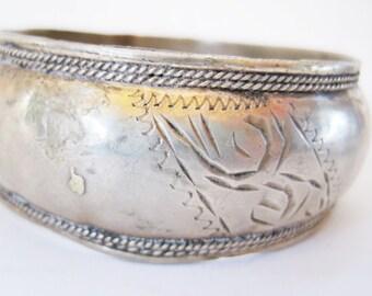 Vintage Berber Bracelet, Morocco Bangle, Berber Jewelry, Moroccan Bracelet, Ethnic Jewelry, Tribal Jewelry