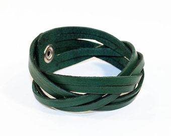 Green Leather Cuff Bracelet! Nice gift for women! Green wrist cuff! Bracelet wof women! Bracelet for men.