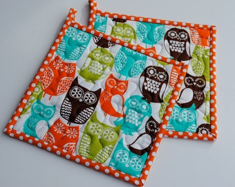 Pot Holders, Hotpads, Quilted Potholders, Shower Gift, Hostess Gift, Set of two potholders, Fabric Potholders